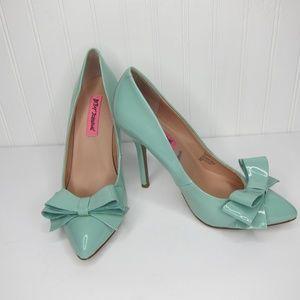 Betsey Johnson Reload Heels Size 7.5